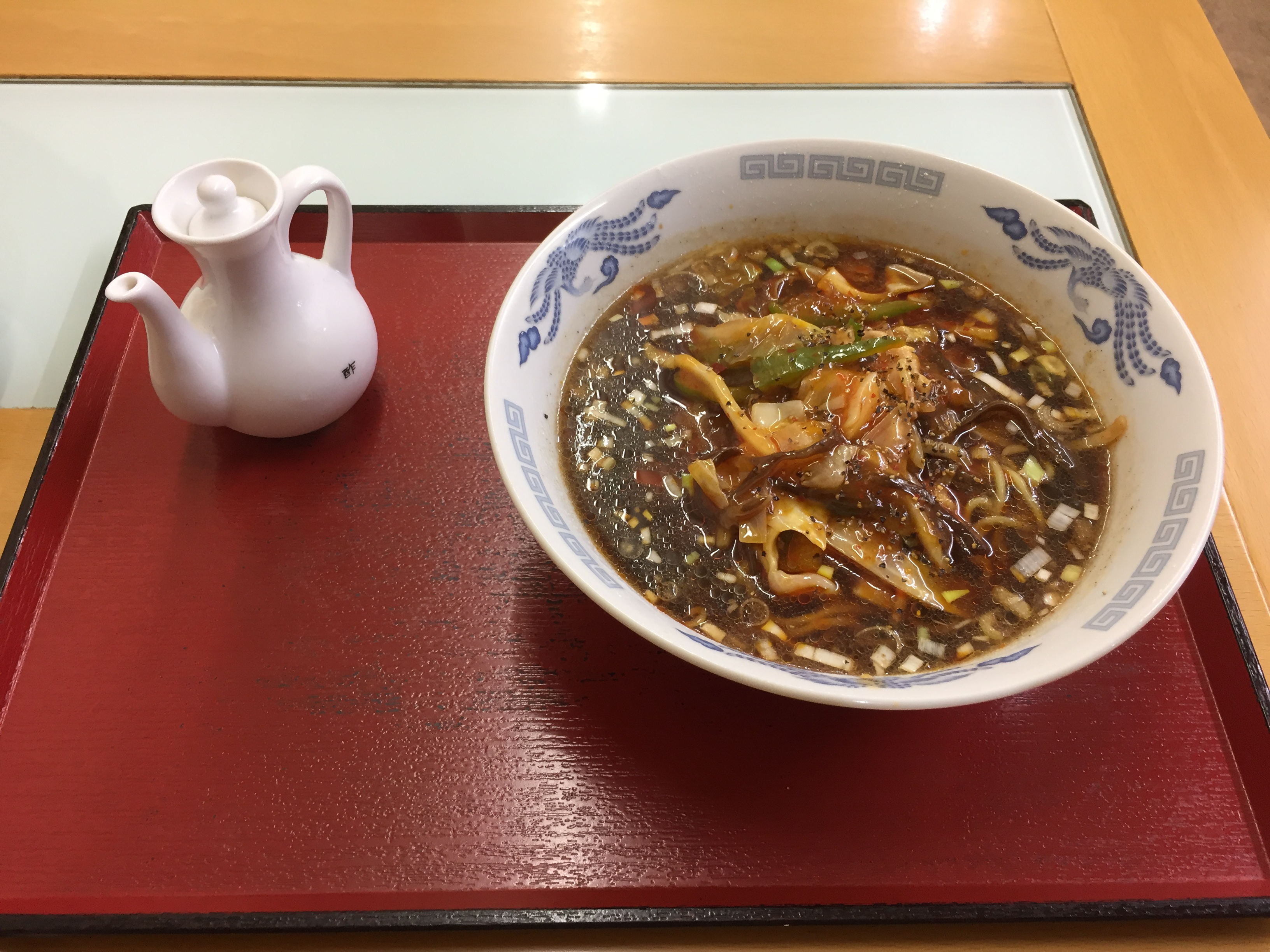 旨辛雷火麺(雷火風 酸辣湯麺) 700円