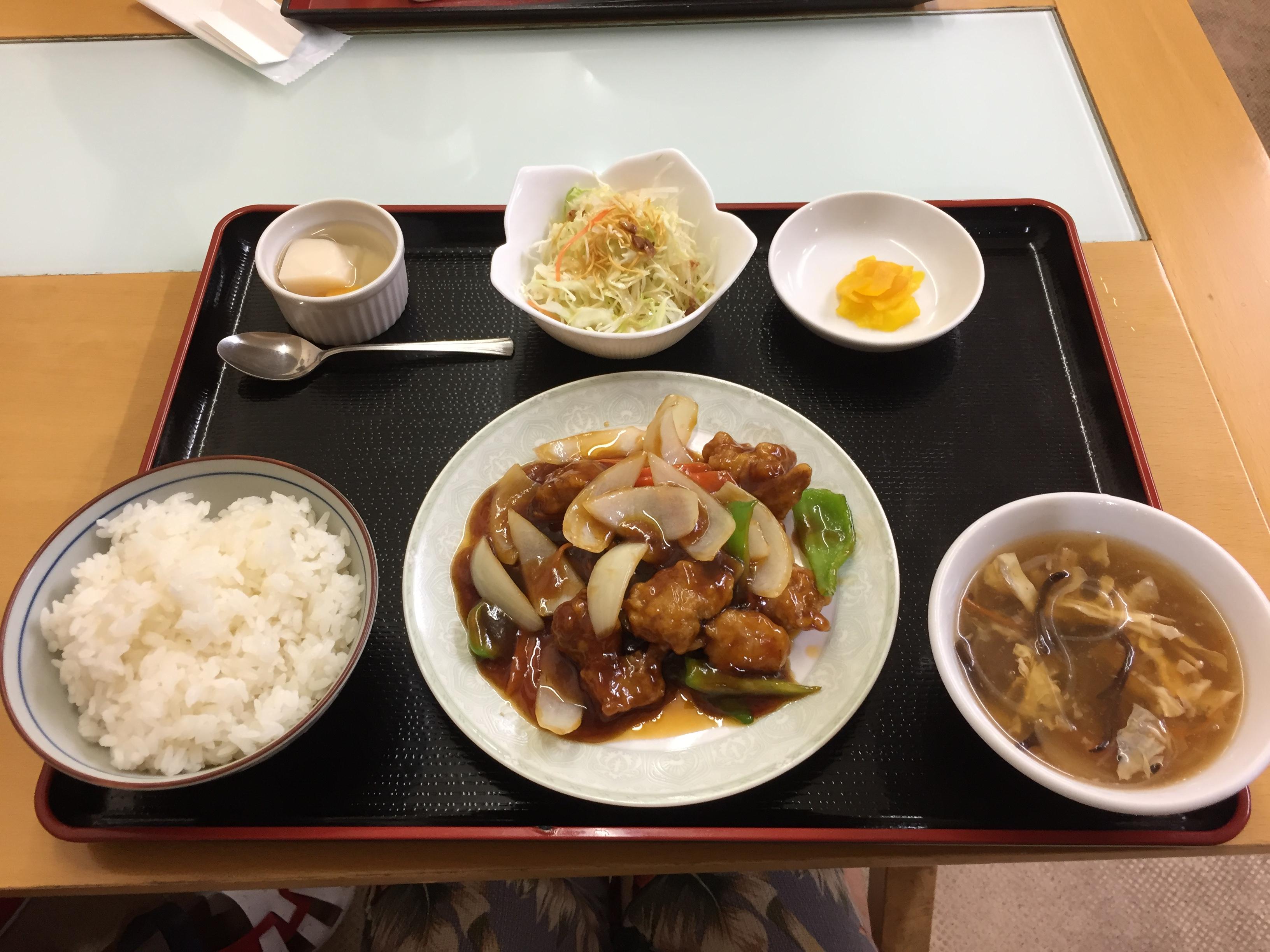 酢豚定食 900円